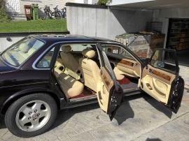 Jaguar XJ6 3,2S 12 000 mil sommarkörd i toppskick