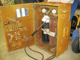 Komplett gassvets i plywoodlåda. AGA Laga 7
