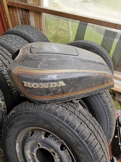 Honda tankskydd
