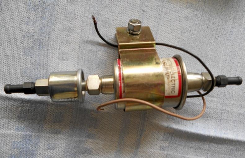 6 volts bränslepump