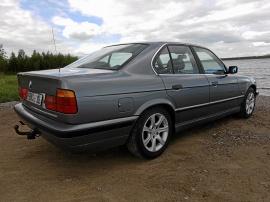 BMW 525 iA