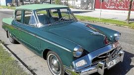 Studebaker Champion de Luxe