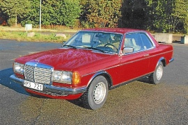 mobile_Mercedes 280CE