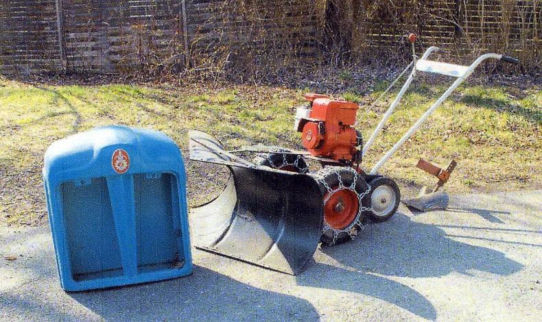 Fordson grill, motorplog