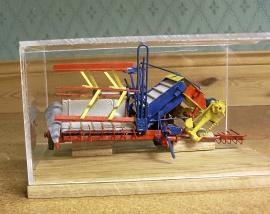 Handbyggda Modeller gamla lantbruksredskap