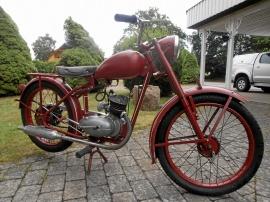 Monark 125 cc