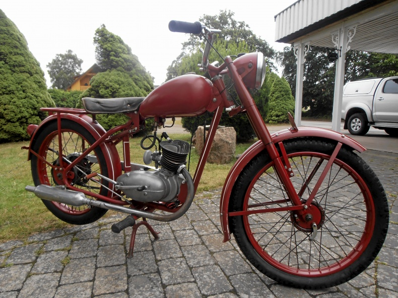 mobile_Monark 125 cc