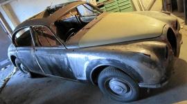 mobile_Renoveringsobjekt Jaguar MkII 2.4