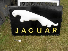 Jaguar ljusskylt