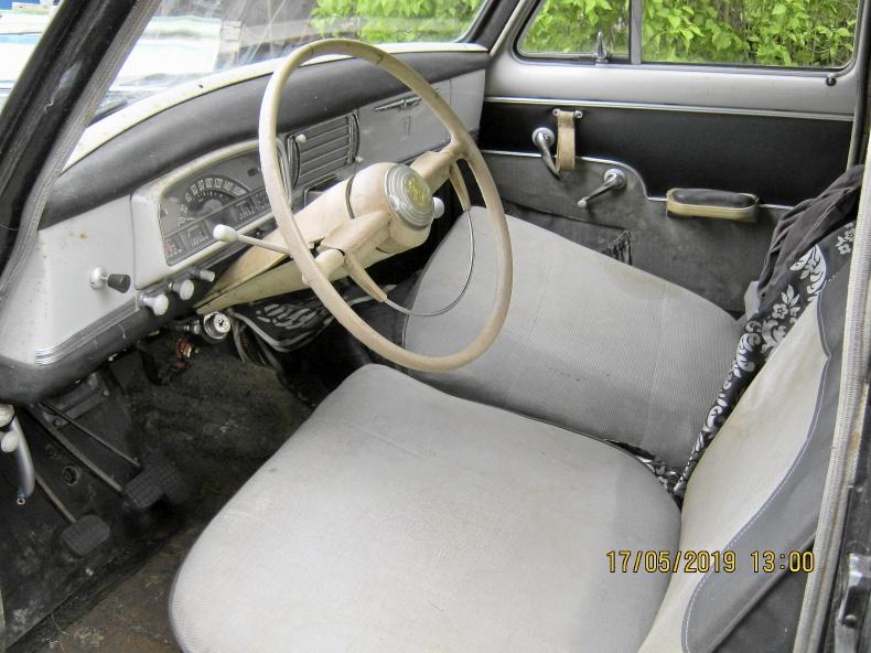 Peugeot 403 Två renobj. och reservdelsbil
