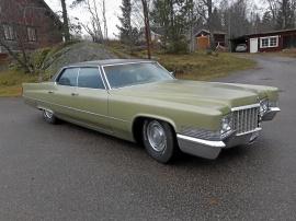Cadillac De Ville 4-dr. ht