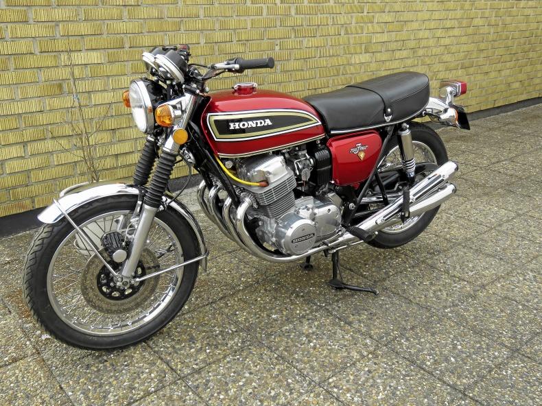 mobile_Honda CB 750 K2