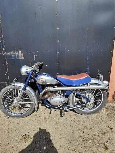 Monark Blue Fighter