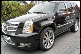 mobile_Cadillac Escalade Luxury premium