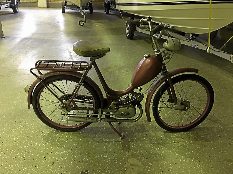 mobile_Crescent Moped Nymans 1950-tal
