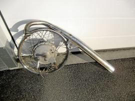 Hjul + avgasrör
