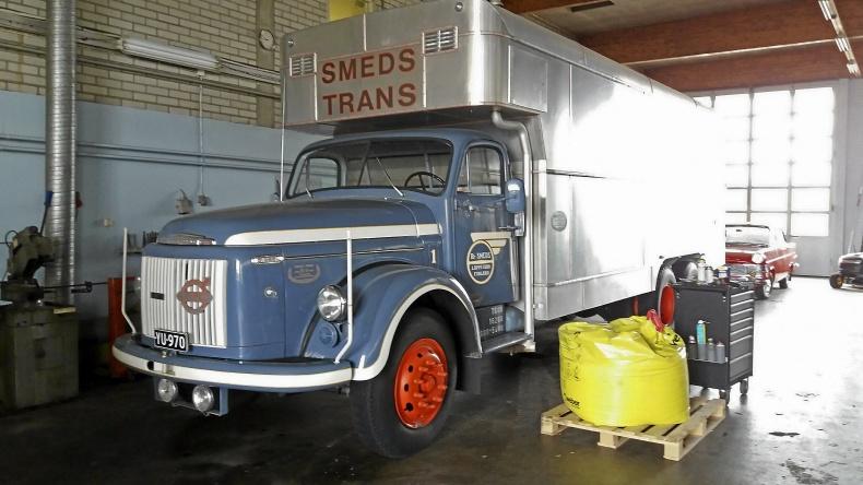 mobile_ Volvo Viking 1959
