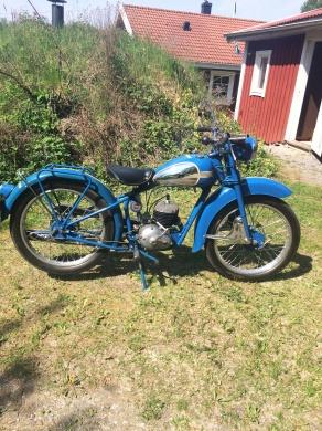 mobile_Husqvarna modell Lyx 31, 1956