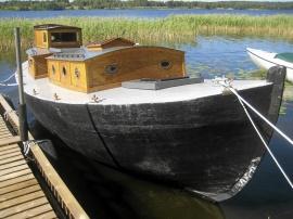 F.d Skötbåt med tändkulemotor