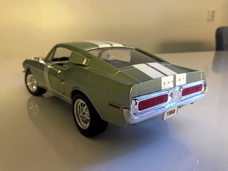 MODELLBIL SHELBY GT 500 1968