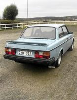 mobile_Volvo 242