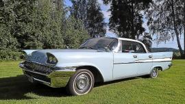 Chrysler Saratoga 4-dr. HT