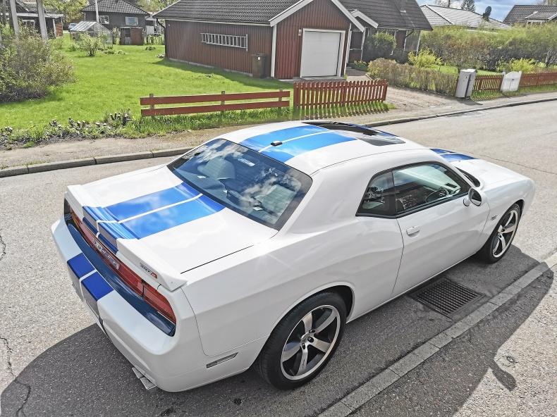 Dodge Challenger 6.4 Hemi Unik lågmilare