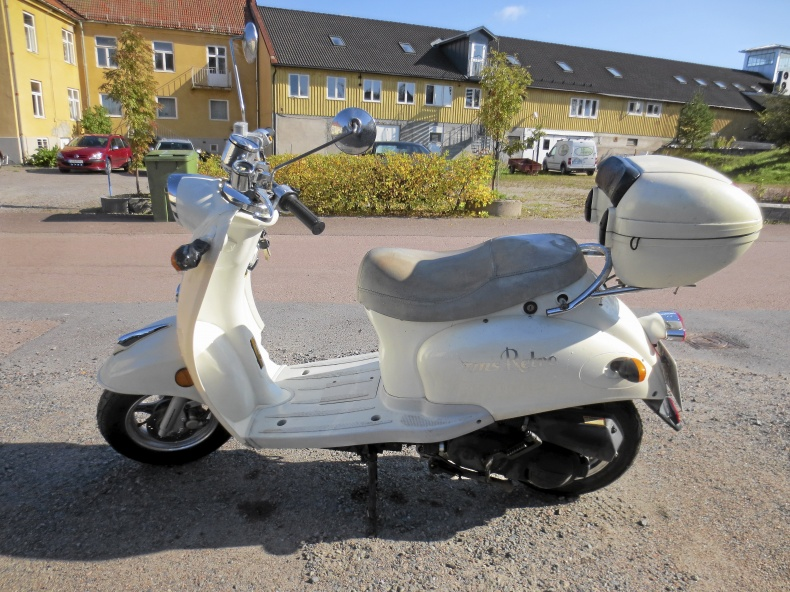 EU-moped TMS Retro