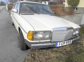 Mercedes-Benz 200 bensin