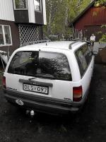 Opel Omega med taklucka
