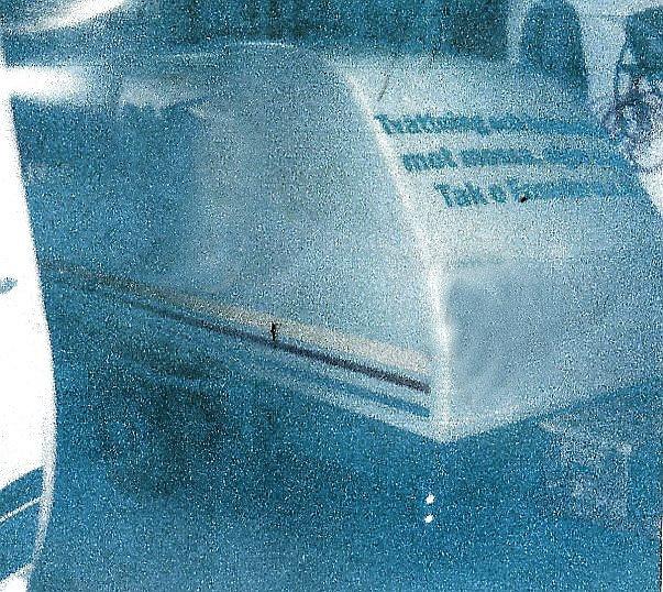 Aluminiumställning på täckt släp