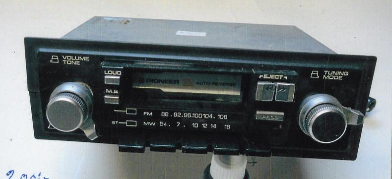 Radio med bandspelare