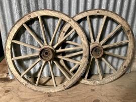 Vagnshjul i trä