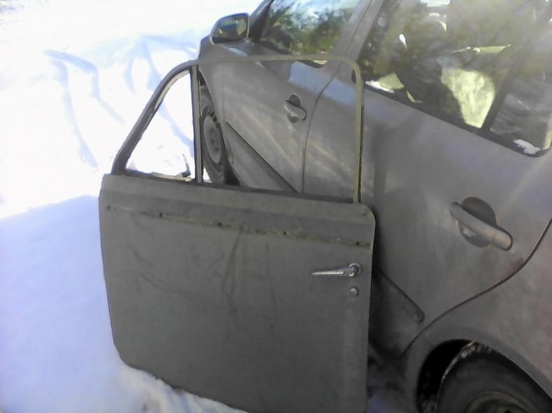 Duettdörr, sidoruta, skärm Volvo 140