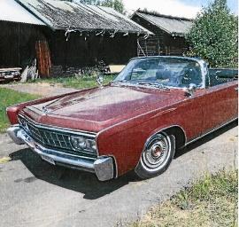 Chrysler Imperial Crown cab