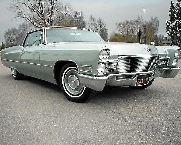 Cadillac Coupé De Ville