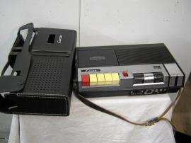 Luxor kassettbandspelare med läderväska