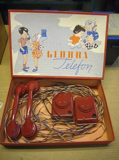 Leksakstelefon från 50-talet