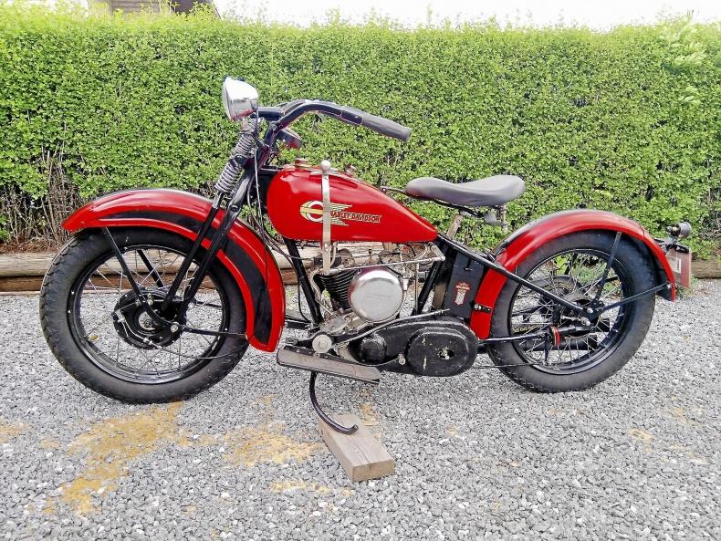 mobile_Harley-Davidson DL 750