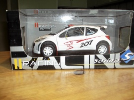 PEUGEOT 207 Superrally 2000 Skala 1:18