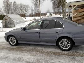 mobile_BMW 530i