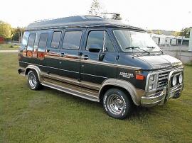 mobile_Chevrolet Starcraft High Top Van