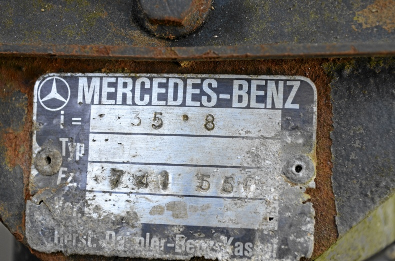 Bakaxel Mercedes-Benz 609