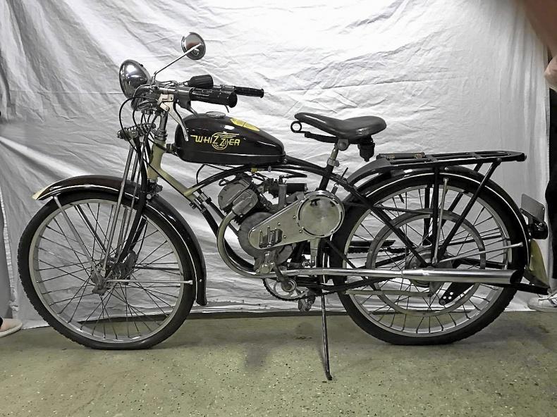 mobile_ Whizzer 120 cc