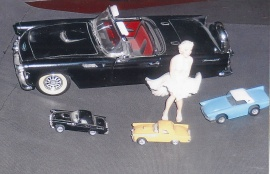 Liten Ford T-Bird 1956 m.m.