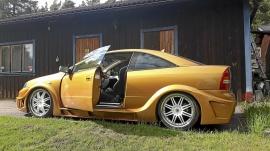 Custombyggd unik Opel bertone coupe