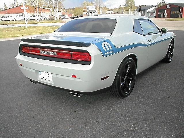 Dodge Challenger Shaker HEMI