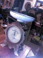 Antik 10 kg hushållsvåg EJEAB  ESKILSTUNA