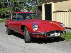 Jaguar E-type V12 coupé