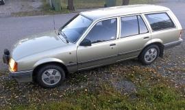 Opel Rekord Caravan 2.2 GL